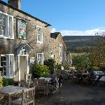 Assheton Arms and Pendle Hill