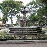 Fountain in the center of Parque Central