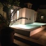 bassin terrasse de nuit