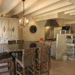 Jeroboam - dining, kitchen