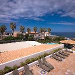 Вид с балкона в сторону моря.