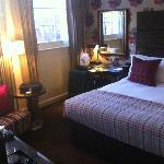 stylish deluxe bedroom