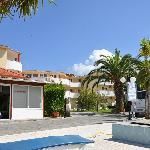 Alykes Garden Village
