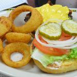 Bacon-Cheese 1/2 lbs burger - Very Good.