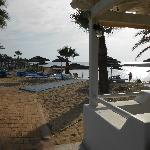 Vala taverna at the edge of the beach served excellent fish dishes