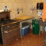 Communal kitchen pic #2