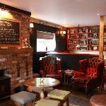 Lovely Bar & Open fire 2