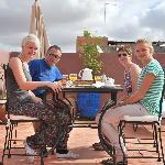 ontbijt op dak terras