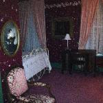 Charming Victorian Decor