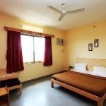 Hotel Icchapurti Sai Residency Foto