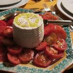 Ricotta con gli ultimi pomidoro dell'orto