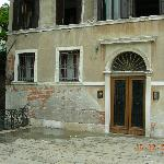 Front door - Venetian charm at it's best!!
