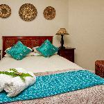 Room 7 ~ Mombasa
