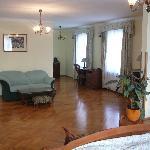Palatial room