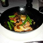 Sautéed shrimp with asparagus