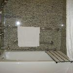 Bathtub with seat