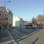 улица с отелем
