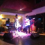 Foto +233 Jazz Bar & Grill
