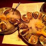 Regular oysters and KING KONG oysters