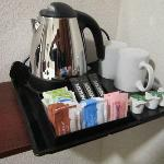 Rm 12__Amenities_Beverages