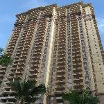 39階建の高層コンドミニアムです。