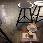 café & möhrenkuchen