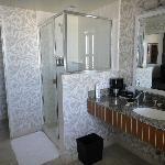 king suite bay view , nr. 356- bathroom