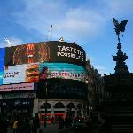 Piccadilly Circus, Eros, Regent Street