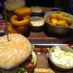 arriba arriba burger & sharing sides