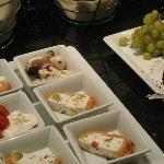 Concierge lounge hors d'oeuvres