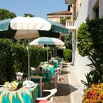 Giardino privato  per colazione e relax - Privat garden for breakfsta and relax
