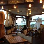 bar de l'hôtel bellevue à Tregastel