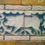 detalle cerámica pasillo: hucha