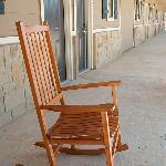8' Patio w/ Rocking Chair