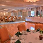 Ballroom 4200 Sq. Feet of event space