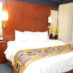 1-BR bedroom