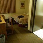 Expressway Inn room