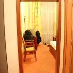 habitacion desde el pasillo de entrada