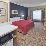 CountryInn&Suites Germantown GuestRoom