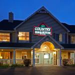 CountryInn&Suites LittleFalls ExteriorNight