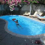 Back swimming pool