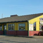 Nisqually Bar & Grill, great for friends