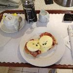 Awesome Eggs Benedict