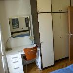 Sleeping room toilette desk