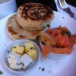 crumpet with Salmon