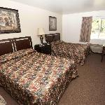 Clean and comfy room in Packwood