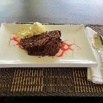 TiBananne's sumptuous chocolate cake & banana icecream!
