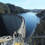 Gordon Dam - Stunning Scenery