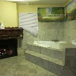 Jacuzzi Tub and Fireplace