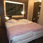 Chambre principale avec un lit très confortable